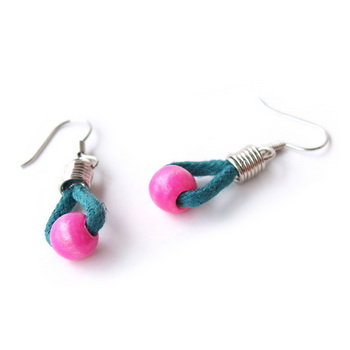 http://m.hundredpercentwholesale.com/J-E-MG30013-FASHION-EARRING-image.jpg